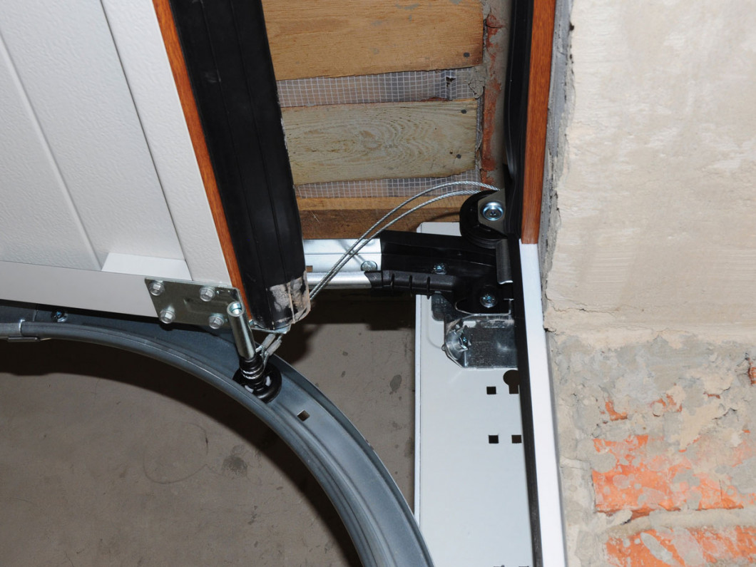 Locked in Your Garage? We Can Help.